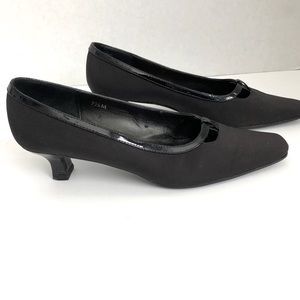 Vaneli East Square Toe Black Heels 7 1/2M